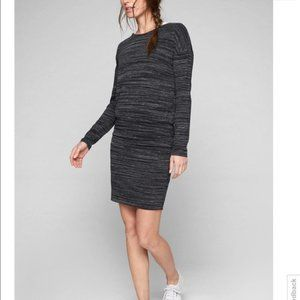 Athleta Avenues Casual Knit dress sz Small